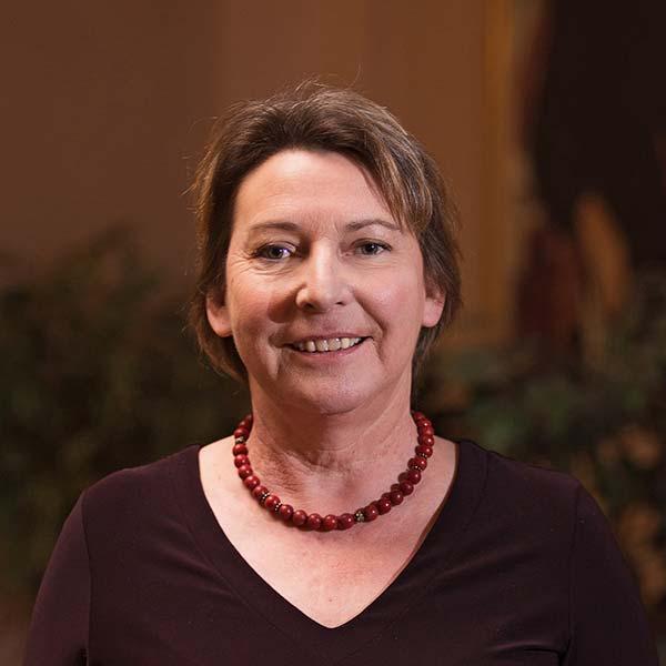 Carmen Bauer