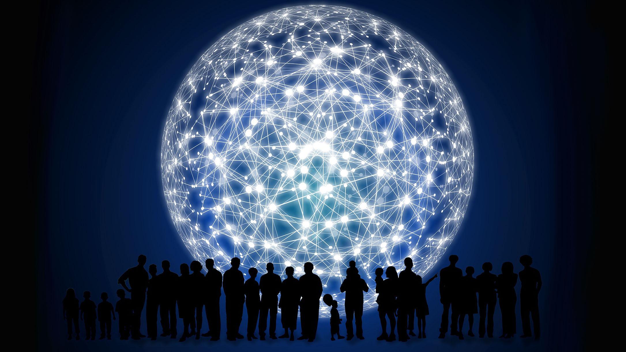 Un réseau de personnes devant une lune géante