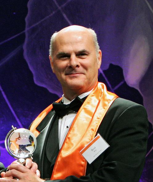 Dr. René Roy